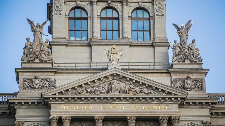 Muzea i galerie sztuki w Pradze