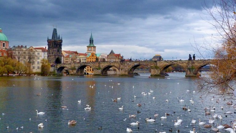 Kiedy najlepiej jechać do Pragi?